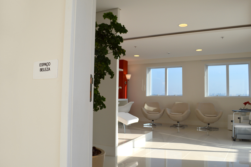 Identificação de ambiente com braille (espaço beleza)